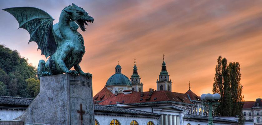 Ljubljana, Slovenia ales-frelih-zmajski-most-dr.jpg